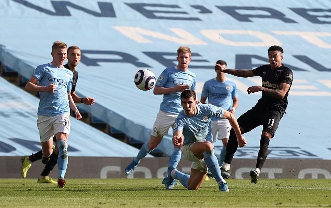 """Video Man City - West Ham: Người hùng bất ngờ, """"hú vía"""" vì Lingard - 1"""