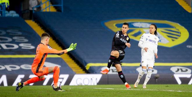 Video Leeds United - Aston Villa: Phủ đầu chớp nhoáng, hú vía phút bù giờ - 1