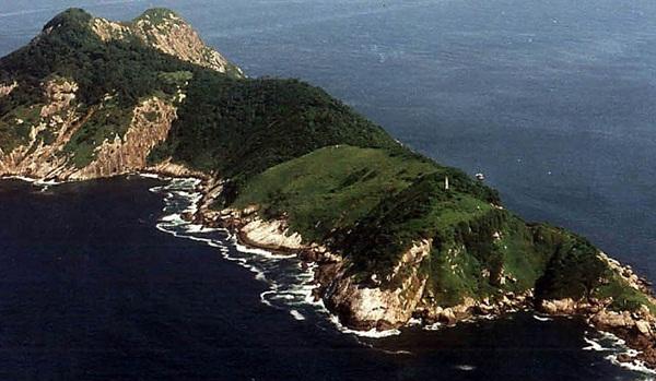 Bí mật đáng sợ ở hòn đảo đẹp nhưng không ai dám bén mảng đến - 1