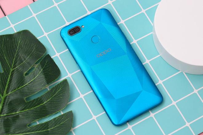 Bộ tứ smartphone mới, đẹp trong tầm giá 2-3 triệu đồng đáng mua cho phái nữ - 10