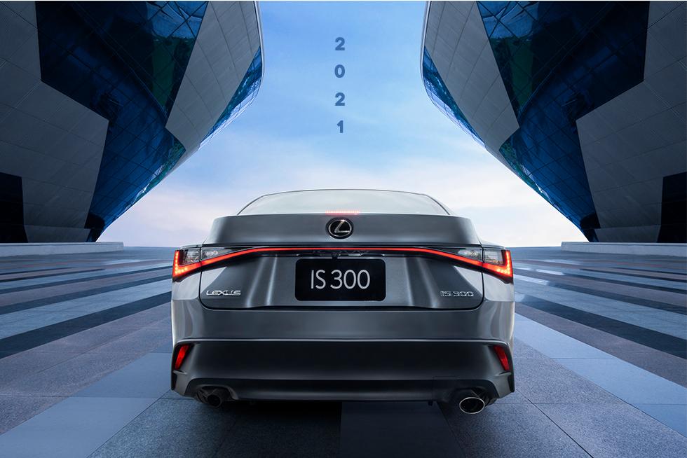 Lexus IS 2021 - Khi sang trọng, thể thao hoà quyện làm một - 13