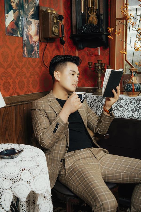 Gặp gỡ Nguyễn Hữu Cơ (Henry Nguyễn) - chàng trai trẻ đưa công nghệ phun xăm hiện đại về Việt Nam - 1