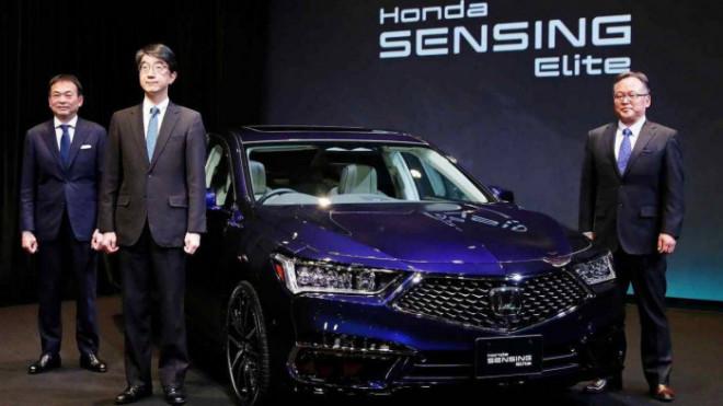 Xe tự lái cấp độ 3 đầu tiên của Honda có giá 102 nghìn USD - 1