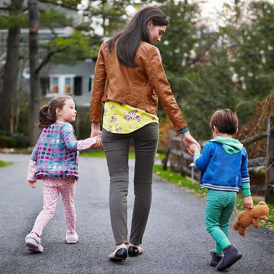 Hiệu trưởng ĐH Harvard: Hãy đưa trẻ đến 5 nơi này, chúng sẽ biết ơn cha mẹ khi lớn lên - 1