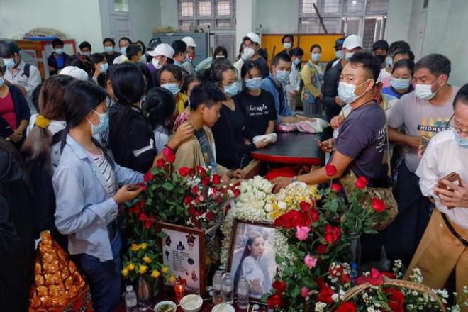 Chính quyền Myanmar khai quật mộ người biểu tình, hé lộ kết luận gây sốc - 3