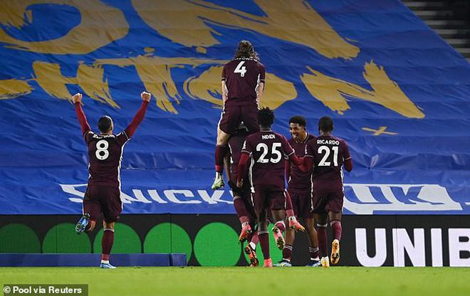 """Khó lường bảng xếp hạng Ngoại hạng Anh: Leicester """"thổi lửa"""" trận Man City - MU - 1"""