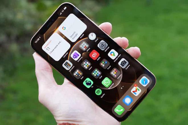 Đây là thời điểm Apple tung sản phẩm thay thế iPhone - 1