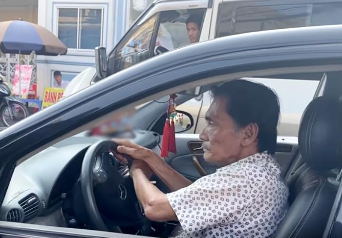 """Choáng với quà """"khủng"""" fan tặng sao Việt: Thương Tín nhận xe, Đàm Vĩnh Hưng được tặng 2,5 tỷ đồng - 1"""