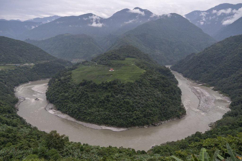 """TQ: Giục xây siêu đập lớn nhất hành tinh """"càng sớm càng tốt"""", quan chức Tây Tạng toan tính điều gì? - 1"""