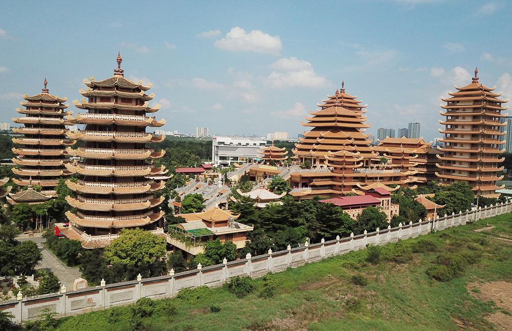 Ngôi chùa ở Sài Gòn có 4 bảo tháp lớn nhất Việt Nam - 3