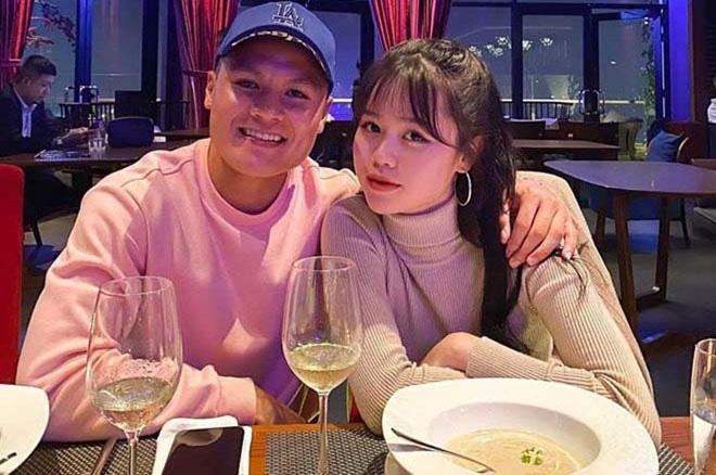 Chia tay Quang Hải, Huỳnh Anh gây ngỡ ngàng với nhan sắc ngày càng xinh đẹp - 1
