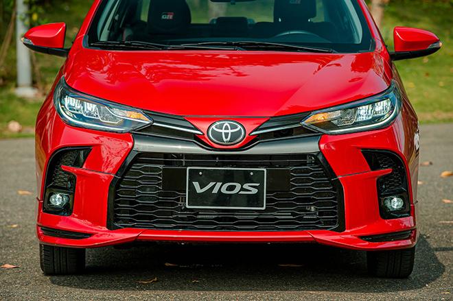 Đánh giá nhanh Toyota Vios 2021 bản thể thao GR-S giá 638 triệu đồng - 2