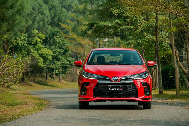 Đánh giá nhanh Toyota Vios 2021 bản thể thao GR-S giá 638 triệu đồng - 14