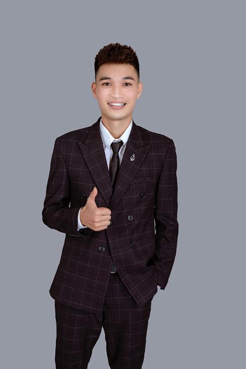 """Chàng trai 9x Hoàng Đam hỗ trợ người dùng nhận """"tick xanh"""" từ facebook - 1"""