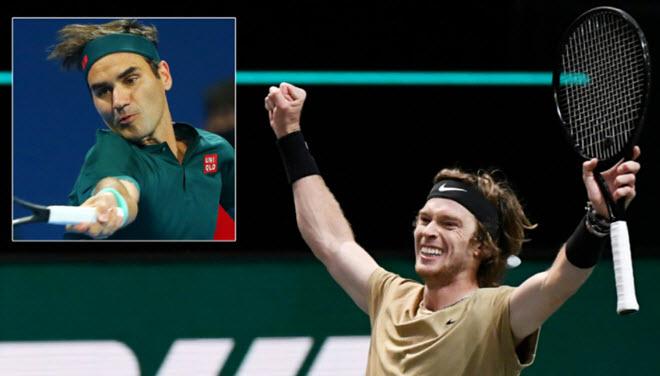 Federer chơi hết sức vẫn thua, Rublev