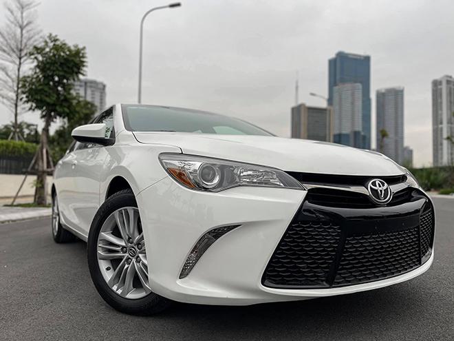Toyota Camry nhập khẩu Mỹ đời 2015 rao bán bằng giá xe mới - 2
