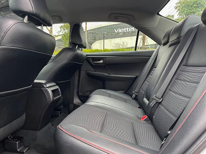 Toyota Camry nhập khẩu Mỹ đời 2015 rao bán bằng giá xe mới - 8