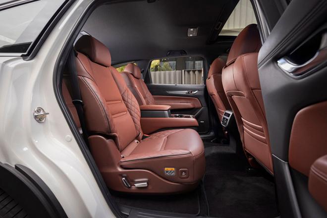 Mazda CX8 có thêm bản 6 chỗ tại một số thị trường - 8