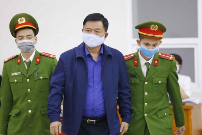 Ông Đinh La Thăng bị phạt 11 năm tù, bồi thường 200 tỉ - 1