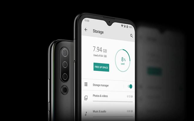 HTC bất ngờ trình làng điện thoại 4 camera, pin 4.000 mAh giá rẻ - 1