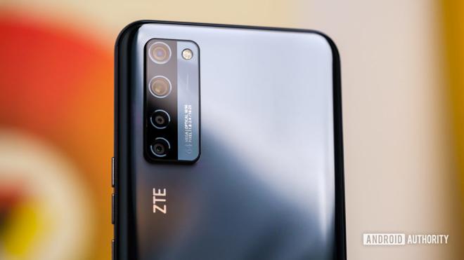 """Galaxy S21 Ultra sẽ phải lép vế trước điện thoại có 3 camera 64MP cực """"khủng"""" này - 1"""