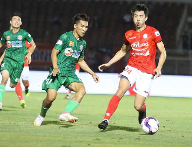 """HLV ngoại lương cao nhất V-League """"nóng mặt"""" vì Lee Nguyễn bị chơi xấu - 1"""