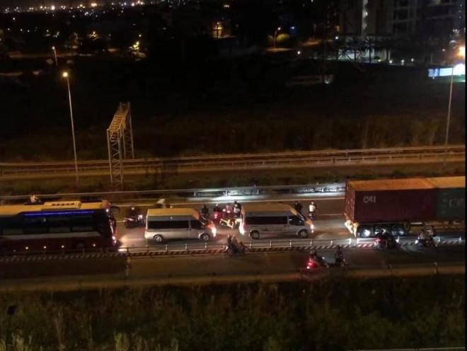 CSGT nói gì về clip hàng trăm quái xế chặn cao tốc TP HCM – Long Thành – Dầu Giây để đua xe? - 1