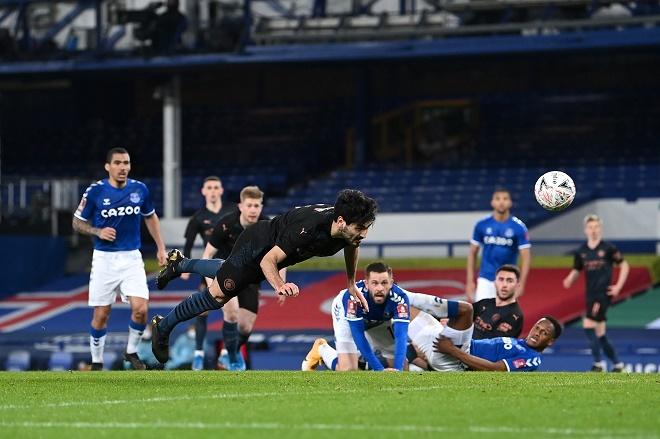 Video Everton - Man City: Siêu sao tỏa sáng, bùng nổ 6 phút 2 bàn - 1