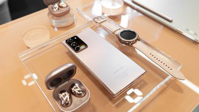 Top điện thoại Android xịn vẫn hỗ trợ mở rộng thẻ nhớ - 1
