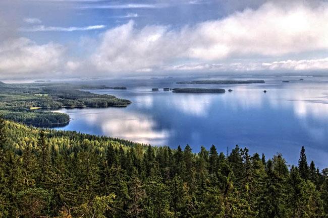 15. Hồ Pielinen là hồ lớn thứ 4 ở Phần Lan, với lưu vực thoát nước lớn bao phủ cả phía đông Phần Lan và Nga.