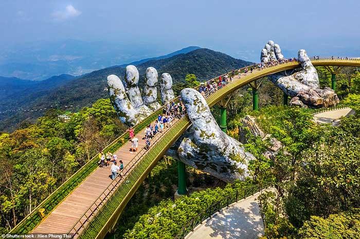 Báo Anh bình chọn những kỳ quan thế giới mới, Việt Nam đứng đầu danh sách - 1