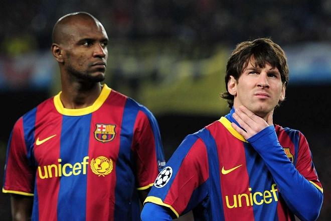 Barcelona dậy sóng: Abidal nhắc lại mối thâm thù với Messi, tiết lộ bí mật động trời - 1