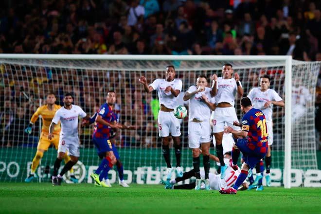Vua đá phạt số 1 châu Âu: Messi thua SAO Southampton, Ronaldo thảm họa - 1