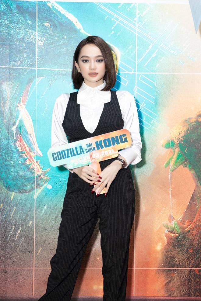 Sao Việt nô nức đi xem bom tấn Godzilla đại chiến Kong - 1
