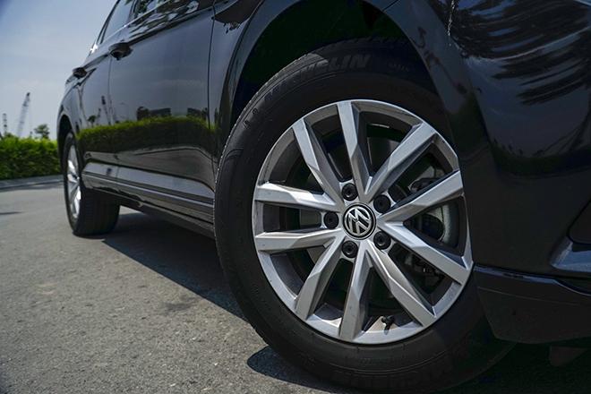 Trải nghiệm xe Volkswagen Passat, chiếc sedan dành cho người đam mê - 4