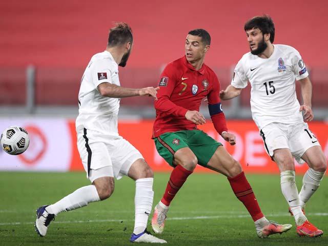 Video Bồ Đào Nha - Azerbaijan: Tội đồ gây họa, Ronaldo nỗ lực tột bậc - 1