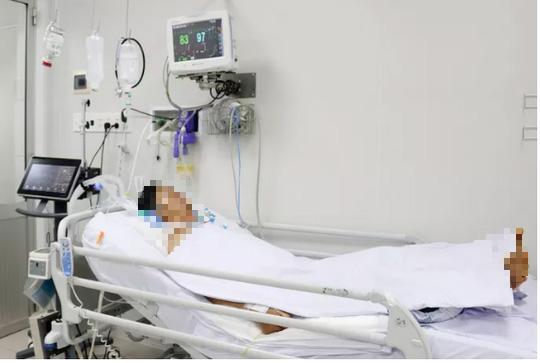 Sở Y tế TP HCM thông tin khẩn về 1 người chết, 2 người nguy kịch nghi do pate chay - 1