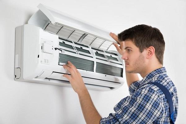 Điều hòa bị chảy nước ở cục lạnh vào trong nhà và cách khắc phục - 1