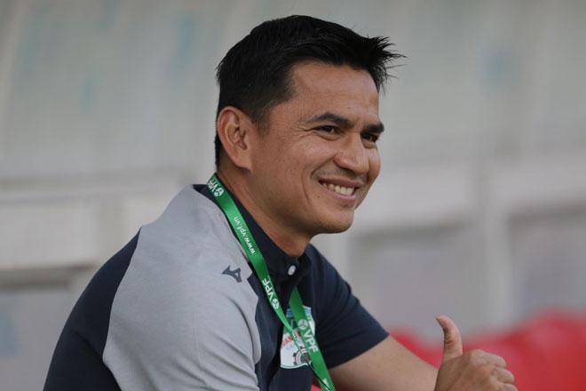 """HLV Kiatisak chào đón """"huyền thoại"""" Lee Nguyễn trở về nhà bầu Đức - 1"""