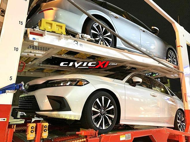 Honda Civic 2022 xuất hiện không che chắn trên xe vận chuyển - 1