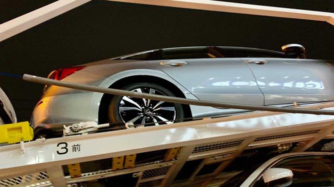 Honda Civic 2022 xuất hiện không che chắn trên xe vận chuyển - 6