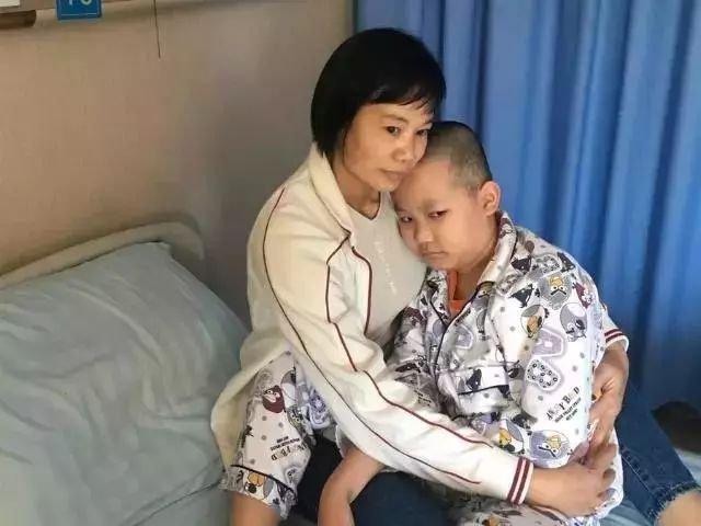 Gia đình 4 người bị ung thư máu, bác sĩ nhắc nhở nhiều người thích ăn thực phẩm này - 1