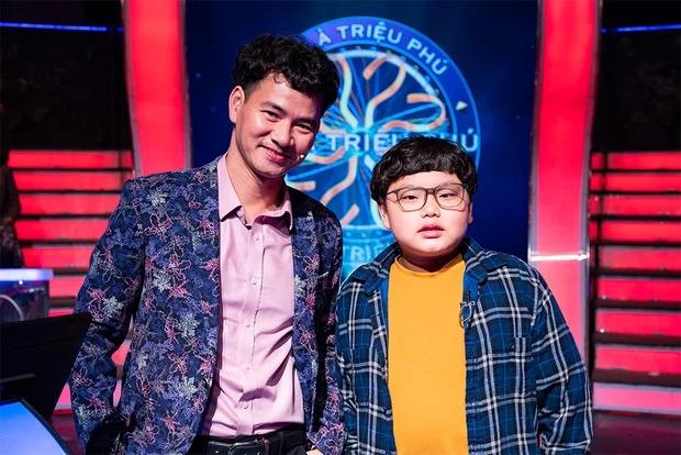 """Cậu ấm 12 tuổi giúp Xuân Bắc giành 40 triệu và những lần """"gây sốt"""" trên sóng VTV - 1"""