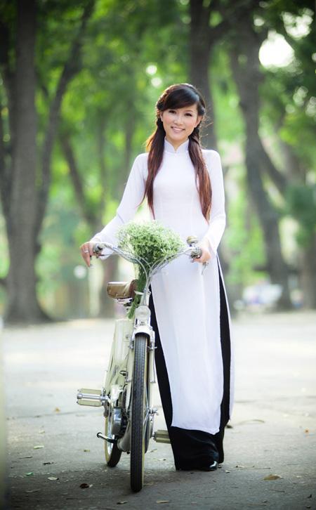 20 cô gái đẹp nhất Hoa khôi Du lịch Hà Nội - 1