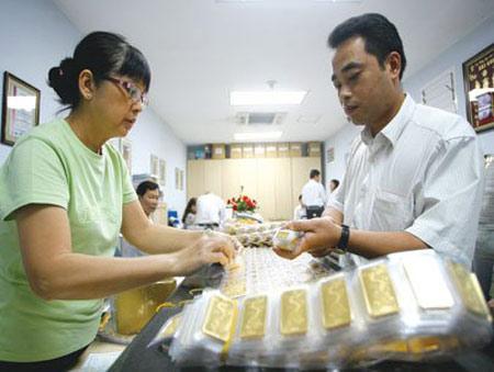Lỗ nặng nếu giữ vàng trong 32 năm qua - 1