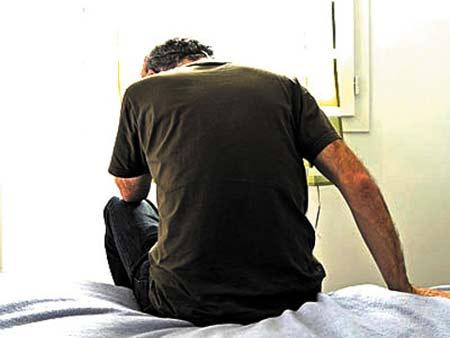 6 dấu hiệu mắc bệnh trầm cảm ở nam giới - 1