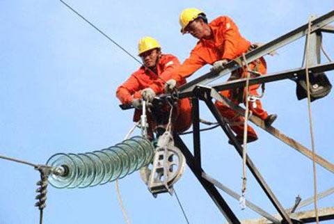 Lại sắp tăng giá điện - 1