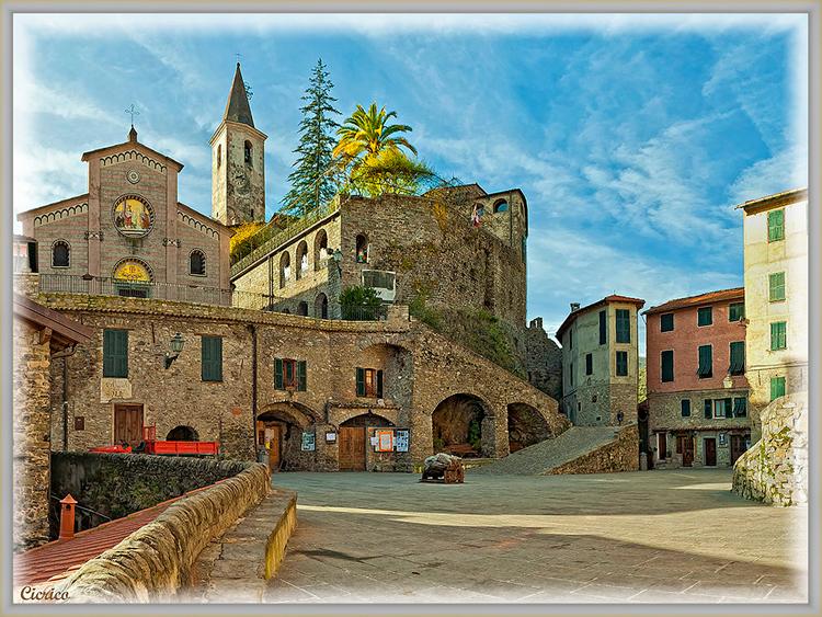 Apricale là một đô thị ở tỉnh Imperia trong vùng Liguria, nước Italia.