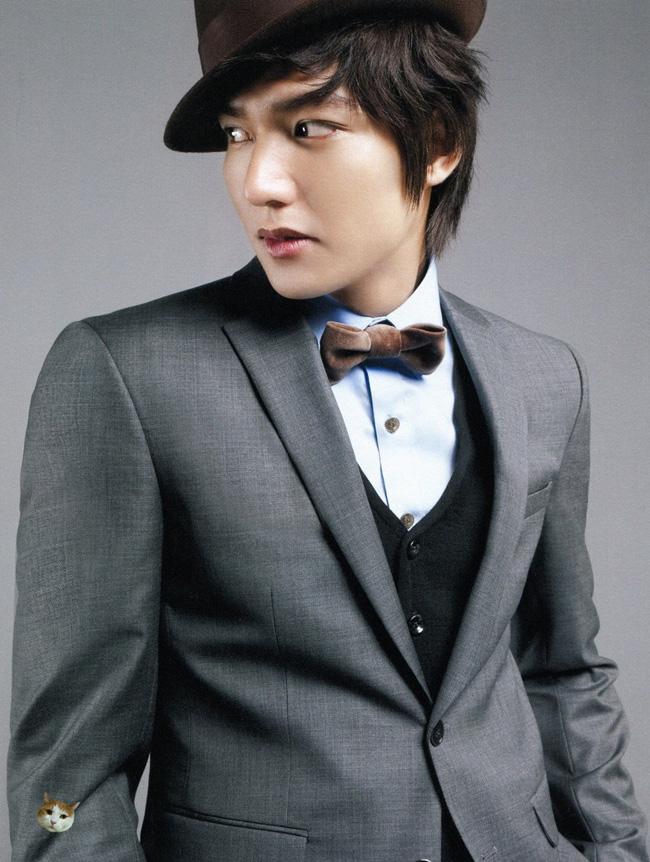 Lee Min Ho trở thành ông vua 27 cuộc bình chọn trên mạng Trung Quốc vì anh luôn dẫn đầu trong Top các mỹ nam. Lee Min Ho được cho là sao nam có sống mũi đẹp nhất.
