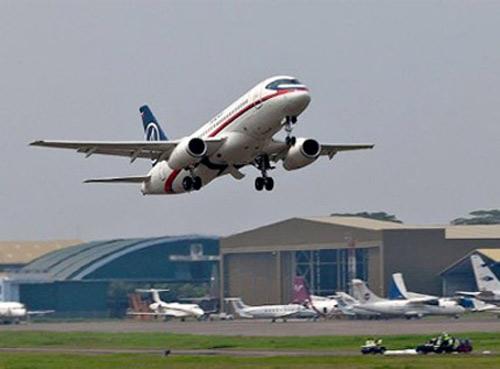 """Thỏa thuận chết"" trên Sukhoi Superjet 100 - 1"